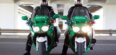 Policininkų patarimas pradedantiems motociklininkams: nevažinėkite su džinsais ir lakuotais batais