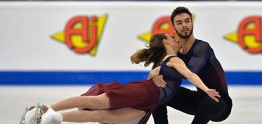 Šiurpi galvos trauma nesutrukdė tapti čempionais – Prancūzijos čiuožėjų šokis sužavėjo milijonus