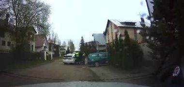 Paviešintas vaizdo įrašas: bėglio Mariaus Jonkaus sulaikymas