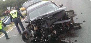 Utenos rajone susidūrė du automobiliai, yra nukentėjusiųjų
