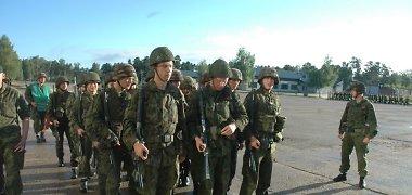 Vyriausybė svarstys Privalomos karo tarnybos įstatymo projektą