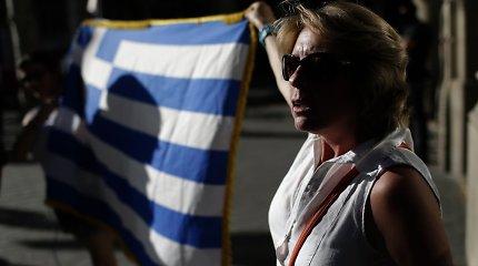Paskutinės minutės prašymas: Graikija nori trečiojo pagalbos paketo, apsaugos nuo bankroto