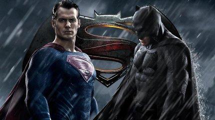 Neeilinis įvykis kine: pirmą kartą vienas prieš kitą stoja superherojai Betmenas ir Supermenas