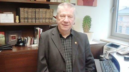Klaipėdietis rašytojas Juozas Šikšnelis: nesvarstau, už ką myliu Lietuvą – tiesiog myliu