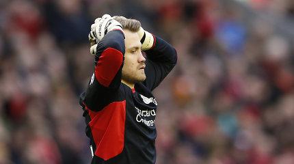 """""""Liverpool"""" futbolininkams – dar vienas smūgis žemiau juostos"""