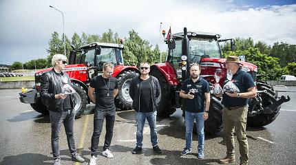 """""""X Faktoriaus"""" teisėjai varžėsi traktorių lenktynėse: prie vairo pirmąkart sėdo ir Marijonas"""