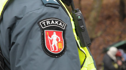 Trakų rajone rasta moteris lūžusiais šonkauliais ir rankomis, bet policija tiria ne nužudymą