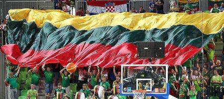"""Krepšinio federacija sieks sutrumpinti """"Tautiškos giesmės"""" grojimą 10 sekundžių"""