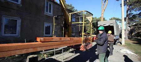 Nuo gaisro nukentėjusių kauniečių būstą pradėjo remontuoti savivaldybės įmonė