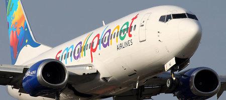 """Kodėl vėluoja """"Small Planet Airlines"""" skrydžiai?"""