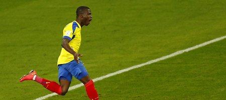 Ekvadoro futbolininkai sutriuškino Boliviją, Meksika ir Čilė sužaidė lygiosiomis