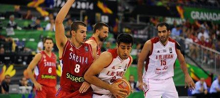 A grupė: Serbija nugalėjo Iraną, Prancūzija pasityčiojo iš Egipto