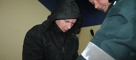 Laimutis Ranonis dėl motinos nužudymo išteisintas, bet už grotų keliauja 14-ai metų