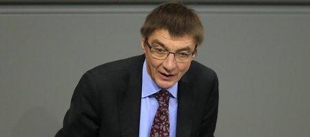 Vokietijos teismas nurodė ištirti Rusiją kritikavusio velionio parlamentaro palaikus