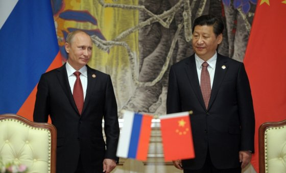 "AFP/""Scanpix"" nuotr./Vladimiras Putinas ir Xi Jinpingas"