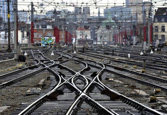 """AFP/""""Scanpix"""" nuotr./Traukinio bėgiai"""
