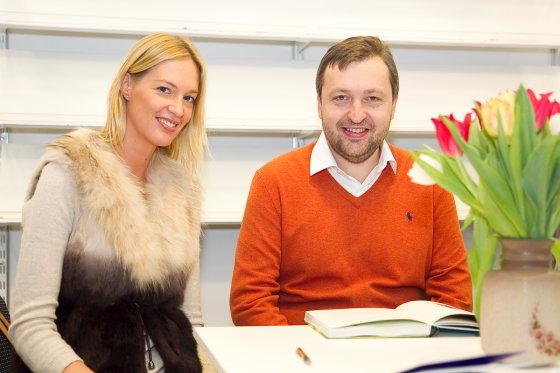 Viganto Ovadnevo/Žmonės.lt nuotr./Antanas Guoga su žmona Aiste