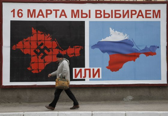 """Reuters""/""Scanpix"" nuotr./Maskvos kontroliuojamame Kryme – neteisėtas referendumas."