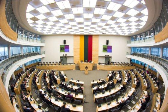 Irmanto Gelūno/15min.lt nuotr./Svarstant Visuomenės informavimo įstatymą Seime virė aistros