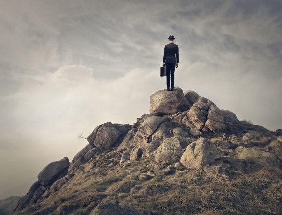 Fotolia nuotr./Vyras ant uolos