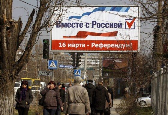 """Reuters""/""Scanpix"" nuotr./Referendumo reklama Kryme"