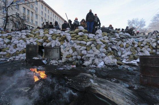 """""""Reuters""""/""""Scanpix"""" nuotr./Barikados Kijeve"""