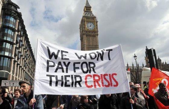 "AFP/""Scanpix"" nuotr./Protestas Londone"