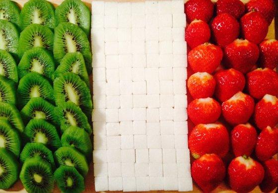 Lizos ir Sigitos nuotr./Lizos ir Sigitos sukurta Italijos vėliava. Forza Italia!