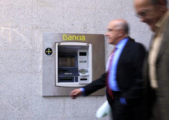"""Reuters""/""Scanpix"" nuotr./Bankomatas Madride"