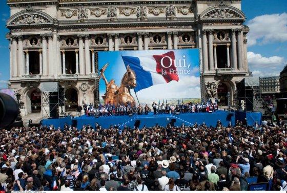 """""""Scanpix"""" nuotr./Marine Le Pen šalininkų mitingas Paryžiuje"""