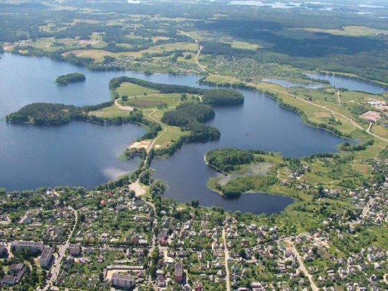 Organizatorių nuotr./Zarasai, dar vadinami miestu ant septynių ežerų, kviečia pasitikti rudenį gamtos ir vandens apsuptyje.