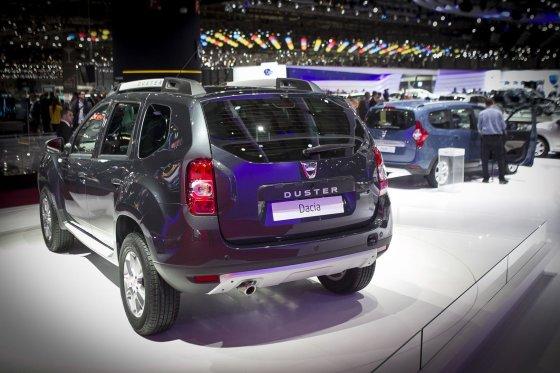 """Irmanto Gelūno/15min.lt nuotr./""""Dacia"""" naujovės Ženevos automobilių parodoje"""
