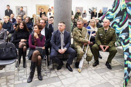 Irmanto Gelūno/15min.lt nuotr./Labdaringas aukcionas Ukrainos kariams paremti.