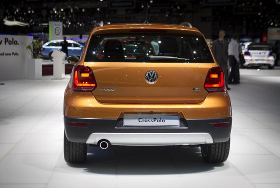 """Irmanto Gelūno/15min.lt nuotr./Naujasis """"Volkswagen Polo"""" atskleistas Ženevos automobilių parodoje"""