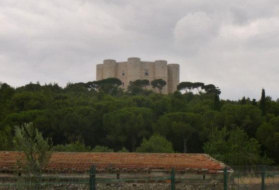 Castel del Monte (Kalno pilis)