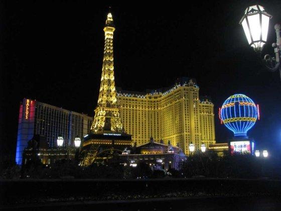 Gedimino Gasiulio/15min.lt nuotr./Spindintis Las Vegaso prospektas