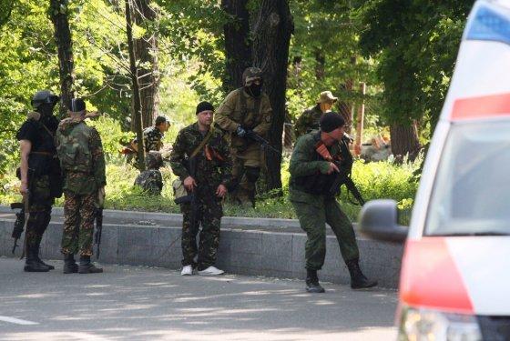 """AFP/""""Scanpix"""" nuotr./Prorusiški teroristai Donecke"""