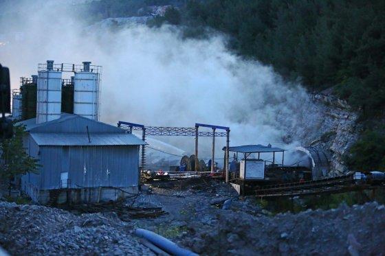 """""""Scanpix""""/""""Anadolu Ajansi"""" nuotr./Turkijos anglies kasykloje kilo gaisras"""