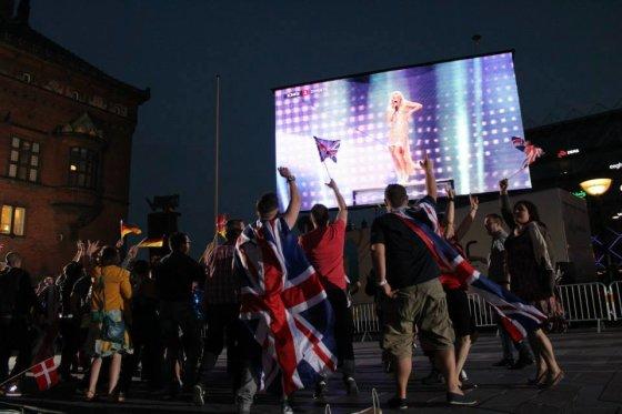 """S.Sereikaitės nuotr./2013-ųjų """"Eurovizijos"""" finalą danai stebėjo Kopenhagos rotušės aikštėje"""