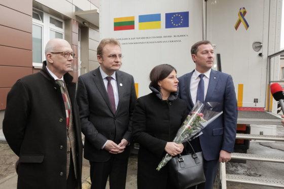 Vilniaus sav. nuotr./Artūras ir Agnė Zuokai su Ukrainos atstovais