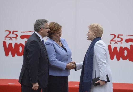 R.Dačkaus nuotr./Dalia Grybauskaitė ir Bronislawas Komorowskis su žmona