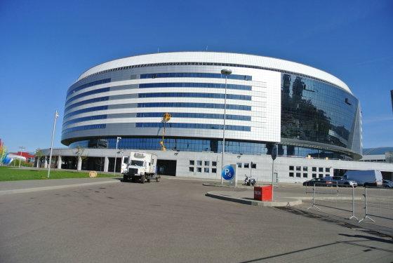 """Violetos Grigaliūnaitės/15min.lt nuotr./Minskas ruošiasi Pasaulio ledo ritulio čempionatui. """"Minsko"""" arena"""