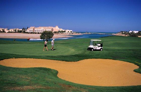Egipto ambasados nuotr./Golfas