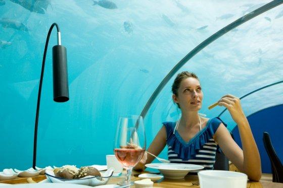 Laisvalaikiodovanos.lt nuotr./Vakarienė po vandeniu