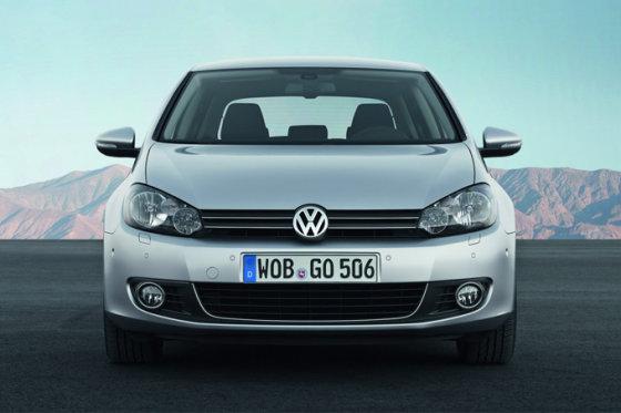 """""""Volkswagen"""" nuotr./""""Volkswagen Golf"""""""