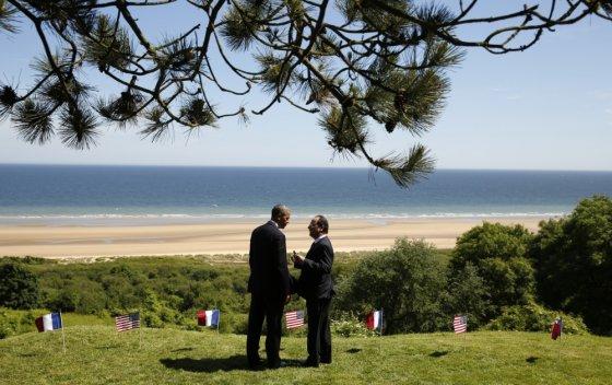 """Scanpix"" nuotr./Barackas Obama ir Francois Hollande\'as Normandijoje"