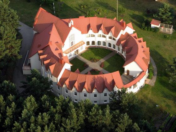 Basųjų karmeličių vienuolynas Paštuvoje