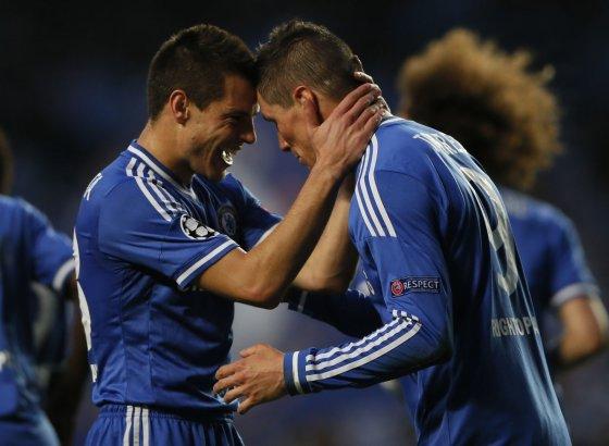 """Reuters""/""Scanpix"" nuotr./Cezaras Azpilicueta ir Fernando Torresas"