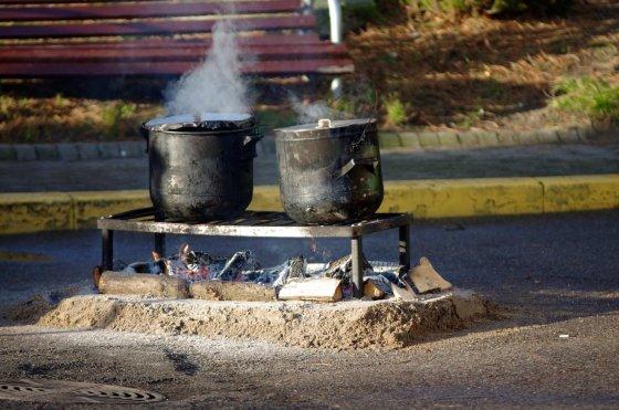 Neringos turizmo ir informacijos centro nuotr. /Nidoje sausio 1-ąją neringiškiai ir miesto svečiai bus kviečiami skanauti kuršiškos žuvienės