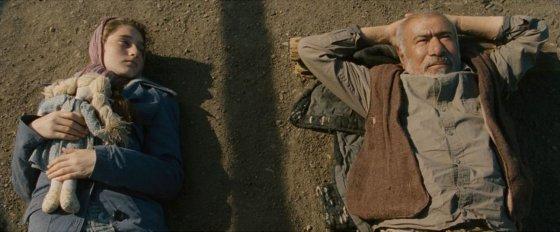 "Kadras iš filmo ""Kukurūzų sala"""